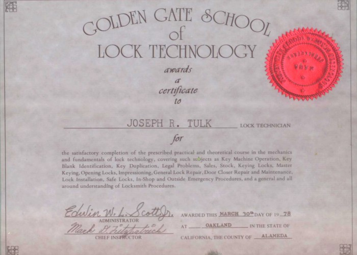 Joeys diploma-tulks-glass-and-key-shop