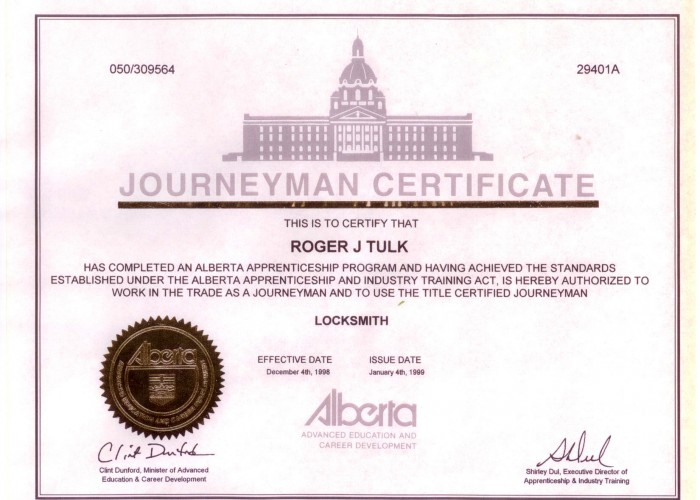 Rogers Diploma-tulks-glass-and-key-shop